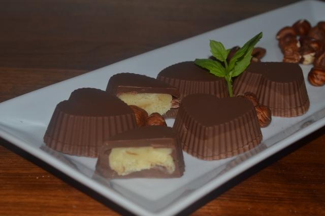 Sjokolade med hvitt sjokoladefyll
